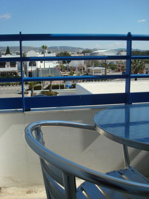 201104_Paphos_Ledra_Beach_Coral__12_-1