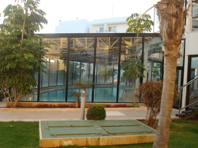 201104_Paphos_Ledra_Beach_Coral__29_-1
