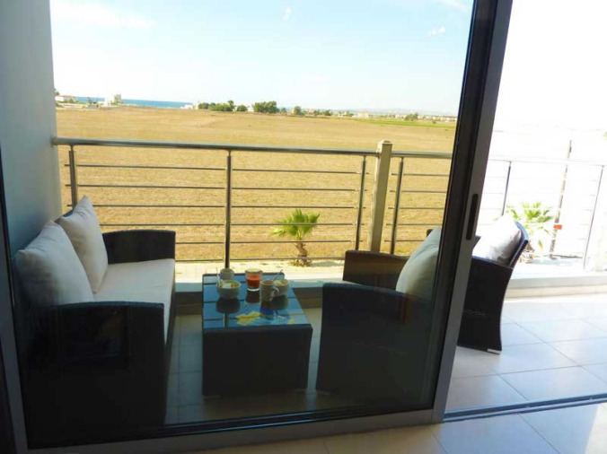 Sunset Apartment - Cyprus - Photos - Balcony furniture