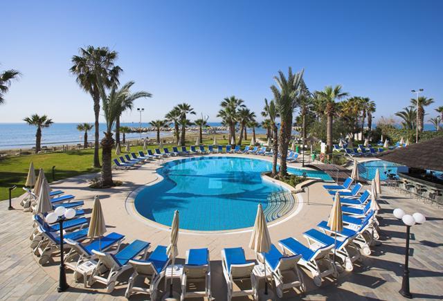 Golden Bay Beach Hotel Cyprus Reviews